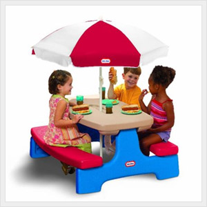 Little Tikes Picnic Table A Great Kids Picnic Table With Umbrella |